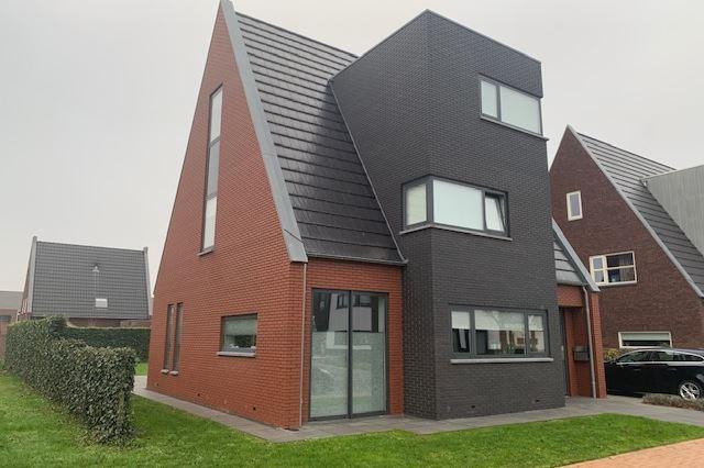 afbeelding woning met adres Nienke van Hichtumweg 16 8448SG, Heerenveen