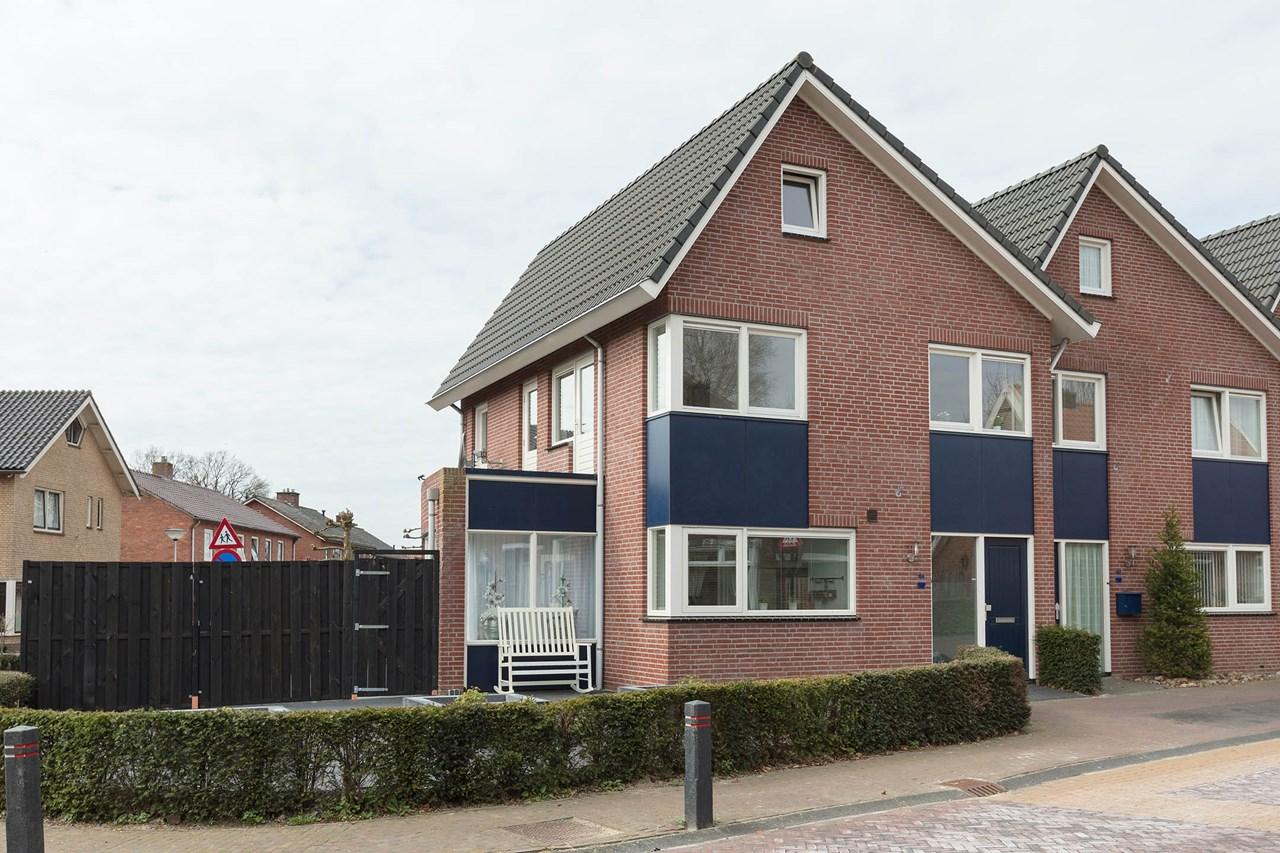 Woning Kerkstraat 104 Reutum
