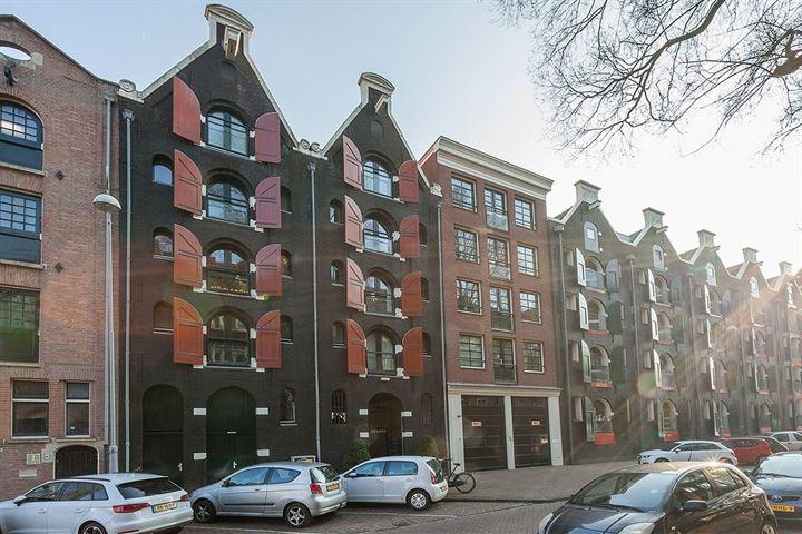 afbeelding woning met adres Nieuwe Uilenburgerstraat 9F 1011LM, Amsterdam