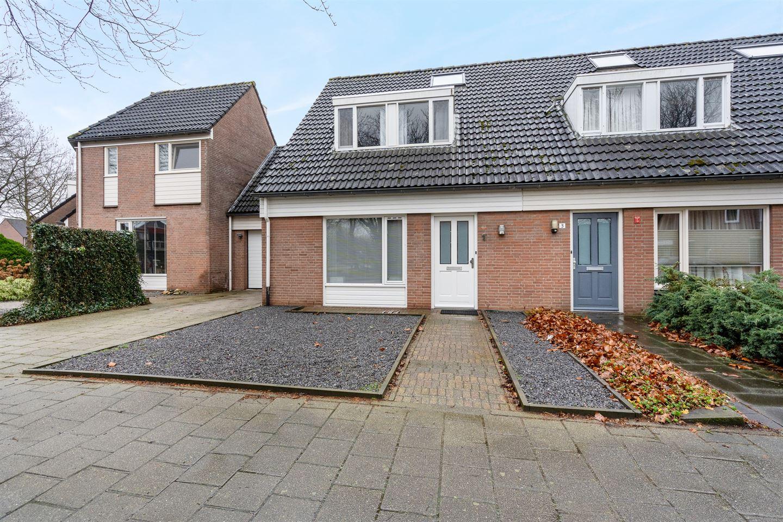 afbeelding woning met adres Van Hogendorplaan 1 5252AR, Vlijmen
